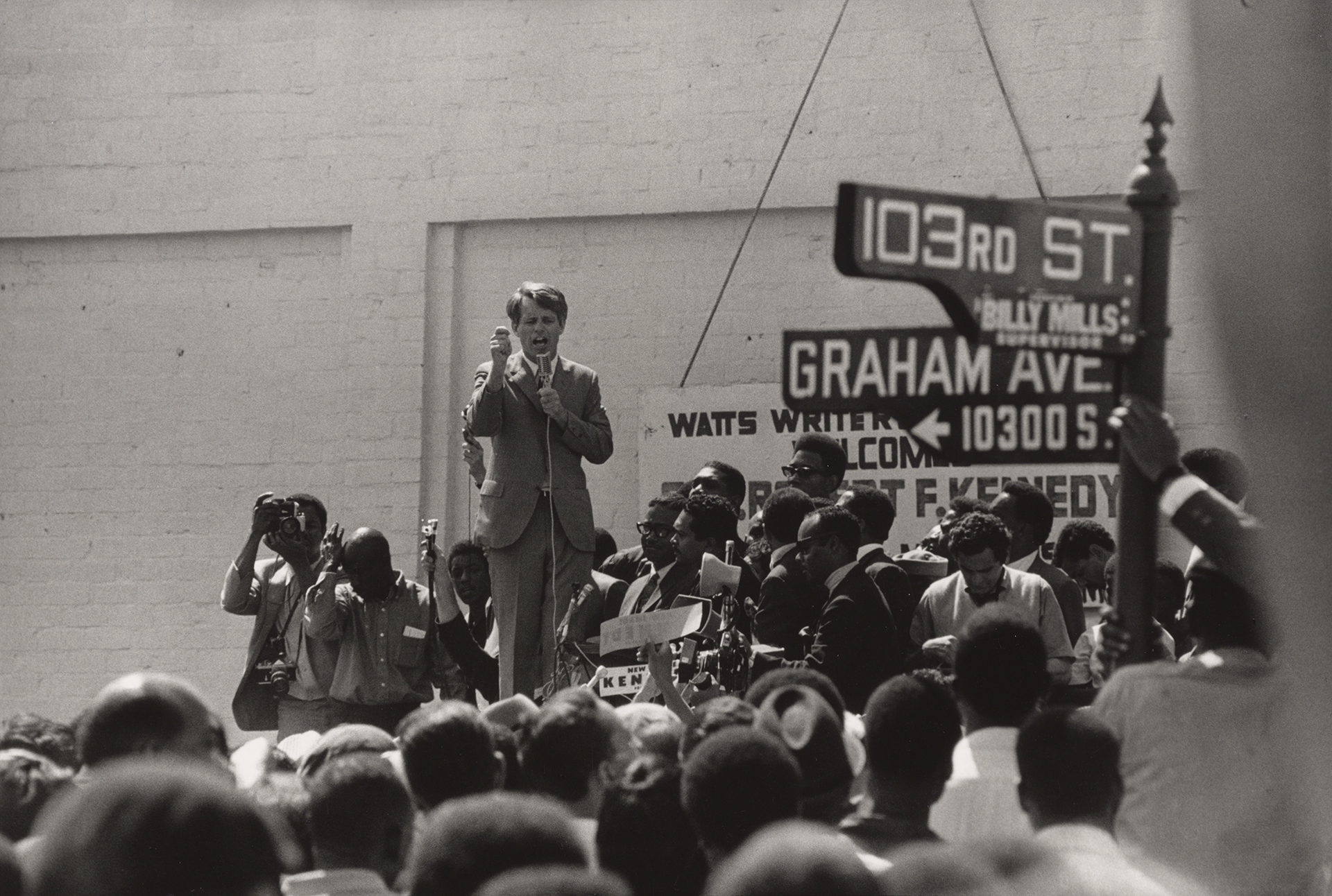David Hume Kennerly photo of Robert Kennedy campaigning in Los Angeles, 1968