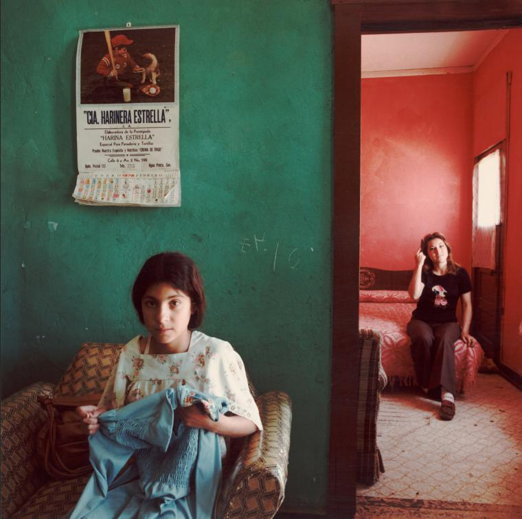 Louis Carlos Bernal, Dos Mujeres, Douglas, Arizona, 1978, Gift of the Mexican American Legal Defense & Educational Fund, © Lisa Bernal Brethour and Katrina Bernal. 82.77.87